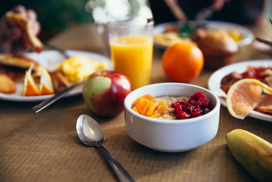 photo montrant un petit déjeuner équilibré