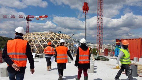 salariés sur un chantier du bâtiment
