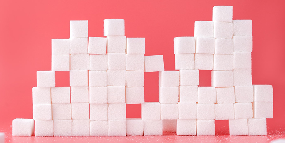 Photo de morceaux de sucres empilés